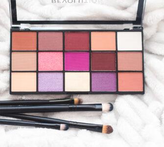 Makeup Revolution Re-Loaded luomiväripaletit