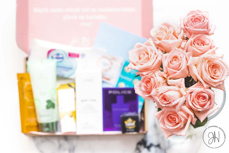 Bette Box heinäkuu 2019 ruusut
