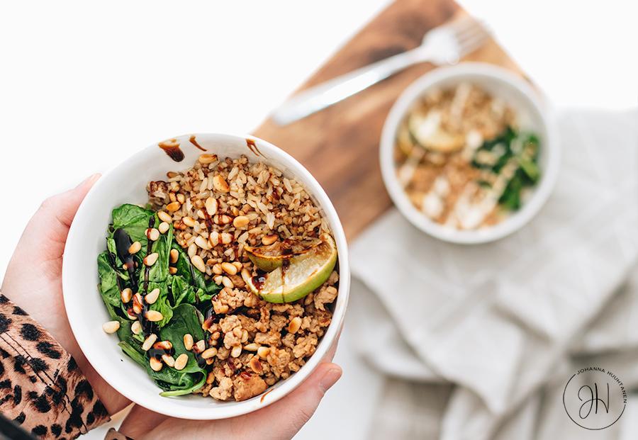 Helppo arkiruoka: kana-riisikulho